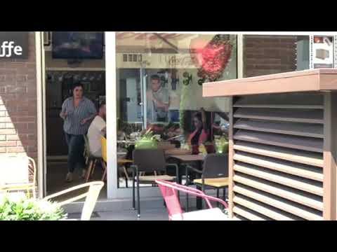 Ana i David uhvaćeni u jednom beogradskom kafiću