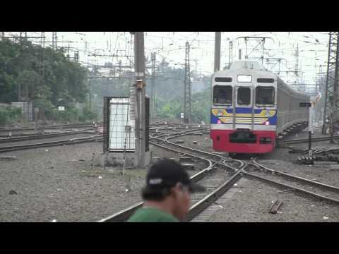 元東急8500系8604Fマンガライ駅 kereta api seri tokyu8500(8604F) di stasiun manggrai