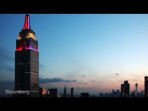 empire state building - April 24 (Bloomberg) --- Millions of people from all over the world visit the Empire State Building each year. It's been a NYC staple since 1931 and in 2010 ...