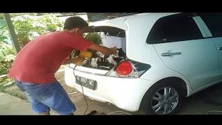 Nonton Proses Pemasangan Kaca Film Block Kaca Belakang Mobil Brio Film Subtitle Indonesia Streaming Movie Download