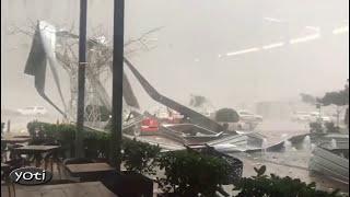 Video Massive storm hits Durban South Africa (Prt 3) MP3, 3GP, MP4, WEBM, AVI, FLV Maret 2019
