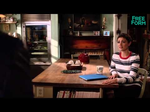 Chasing Life 2.05 (Clip)