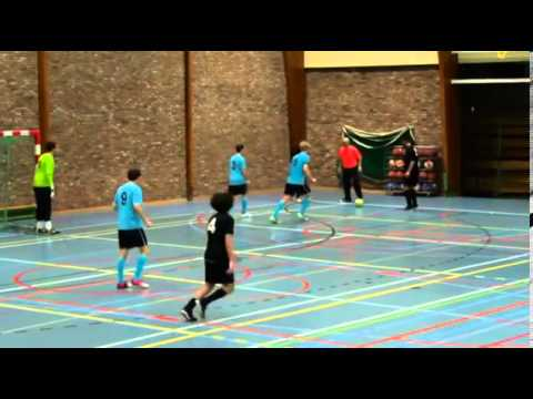 مهارات لاعب مغربي ببلجيكا