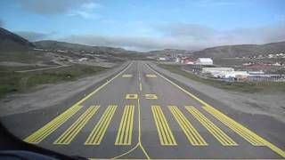 Hammerfest Norway  city photos : Wideroe Dash 8 cockpit view landing at Hammerfest Norway