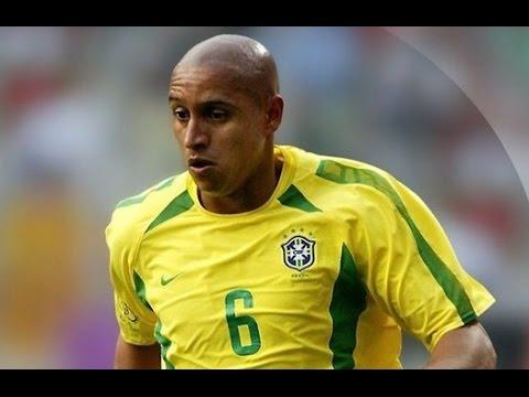 21 год назад Роберто Карлос забил один из самых величайших голов в истории футбола