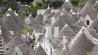 Alberobello Italy  city photos : Visit and Tour the Famous UNESCO Trulli in Alberobello, Italy