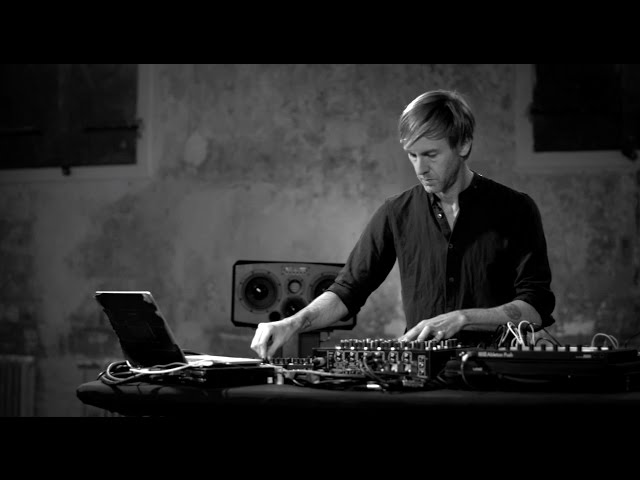 PLAYdifferently Richie Hawtin on MODEL 1