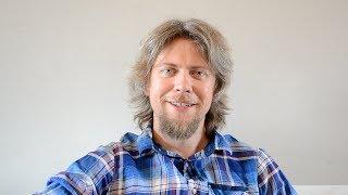 Martin Kavka se coby copywriter specializuje na firemní média, tvoří hry a je i tak trochu hacker českého jazyka, který v projektu Čeština 2.0 sbírá nová slova a ...