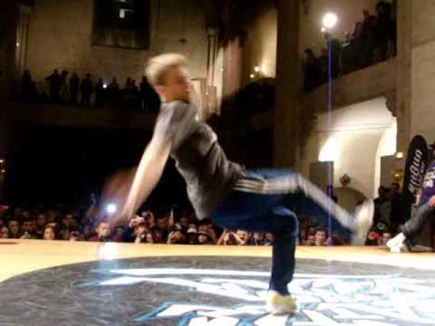 Niek - VICIOUS vs NIEK- BBOY 1vs1 FINAL--BOTY 2011-UNIONBREAKDANCE.ORG.