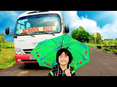 Wheel On The Bus Song | Nursery Rhymes & Kids Songs