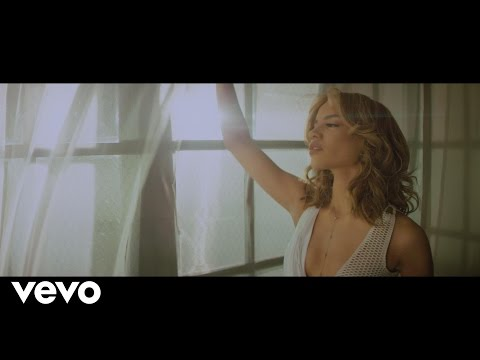Aire - Leslie Grace feat. Maluma (Video)