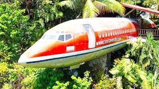 What's inside an Airplane House?