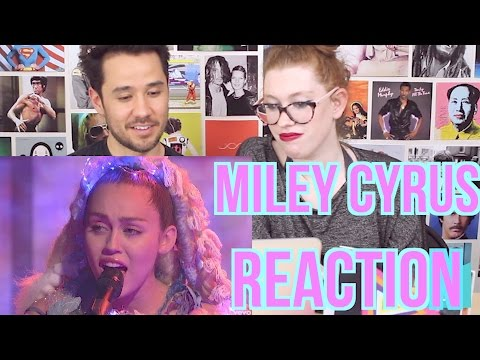MILEY CYRUS - Cries during Twinkle Song - REACTION - Live on SNL
