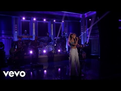 Video Side To Side (Live On The Tonight Show Starring Jimmy Fallon) download in MP3, 3GP, MP4, WEBM, AVI, FLV January 2017