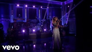 Video Side To Side (Live On The Tonight Show Starring Jimmy Fallon) MP3, 3GP, MP4, WEBM, AVI, FLV Mei 2019