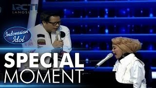 Video Ayu shalawatan dengan Kang Armand! - Spekta Show Top 7 - Indonesian Idol 2018 MP3, 3GP, MP4, WEBM, AVI, FLV Maret 2018