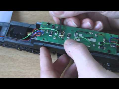 Fitting DCC chips to DCC ready models