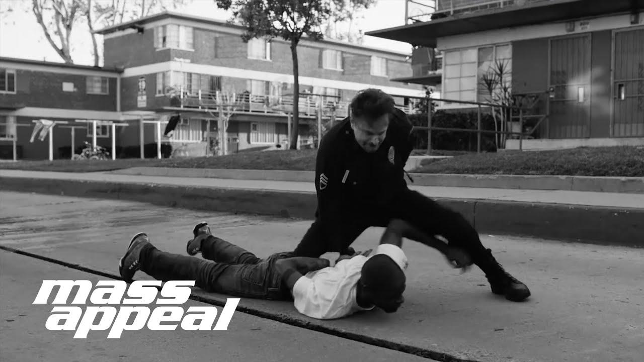 Run The Jewels –Close Your Eyes (And Count To Fuck) f. Zack De La Rocha (Video)