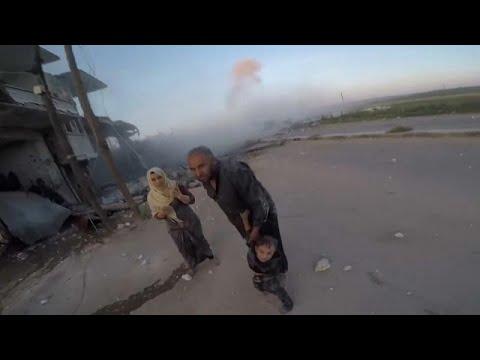 Syrien: Schwere Kämpfe im Norden - Zehntausende sind auf der Flucht