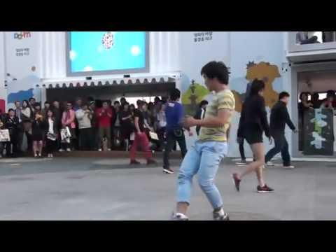 來看看韓國跆拳道怎麼招生的...