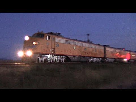 Union Pacific Streamliner E-9 Locomotives (видео)
