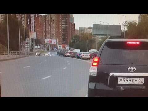 Авария в Самаре - столкнулись 12 автомобилей