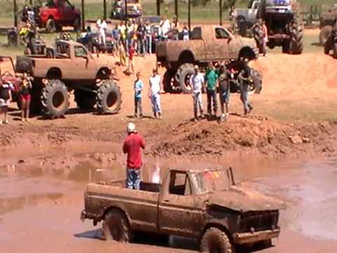Ford F250 mud jump