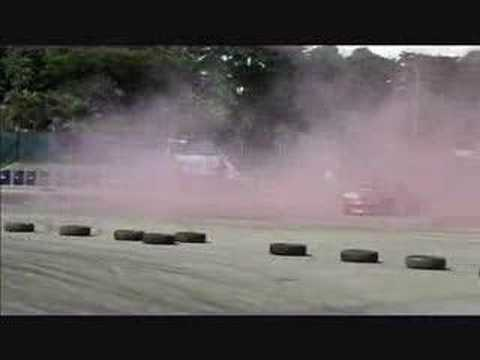 KUMHO TIRES - Colored Smoke tire