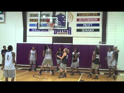 Womens PreSeason Basketball