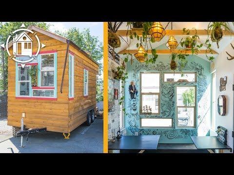 The Tiny, Mobile Community Classroom