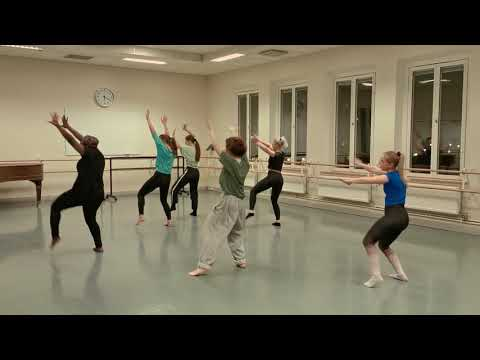 Winnie Nwagi - Jangu - African inspired class in Sweden