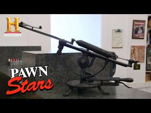 Pawn Stars: HUNTING DOWN A DEAL for Vintage Clay Pigeon Thrower (Season 17) | History