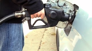 How will plunging oil prices affect the economy?