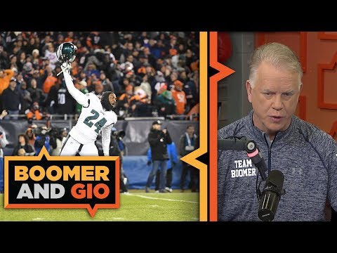 Video: Eagles advance on TIPPED kick | Boomer & Gio
