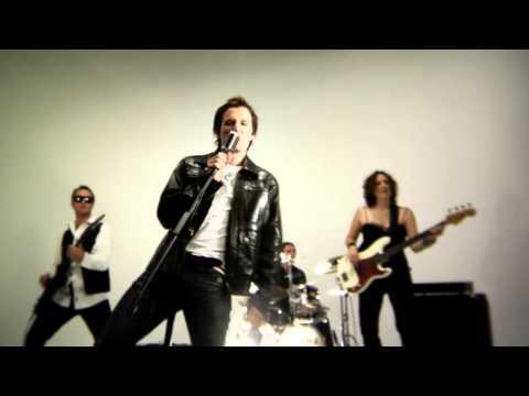 Dewald Louw – Lekker Kry – [Official Music Video]