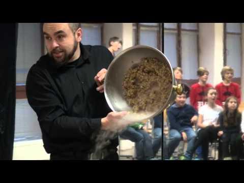 ŠKOLNÍ KLUB - Show molekulární mixologie - Achim Šipl - 2015