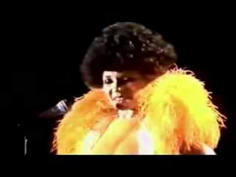 Shirley Bassey - A Lovely Way to Spend an Evening lyrics