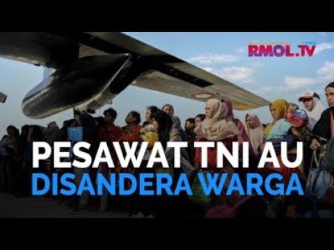 Pesawat TNI AU Disandera Warga