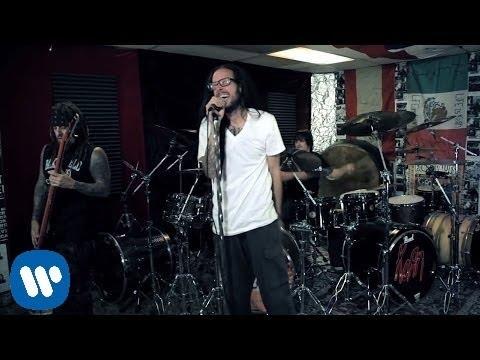Tekst piosenki Korn - Way Too Far po polsku