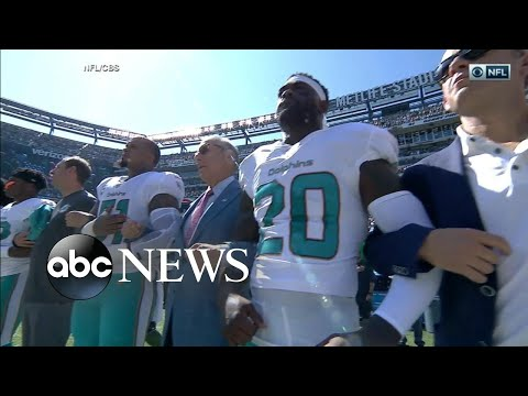 NFL Owners Lock Arms With Players During National Anthem