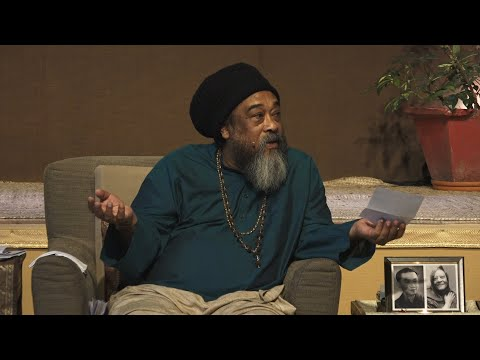 "Mooji Video: ""Am I Everything or Am I No-Thing?"""
