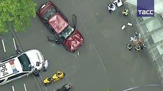 Автомобиль протаранил толпу в Мельбурне