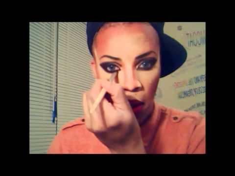 Drag Queen make up tutorial Miss Valaree Love
