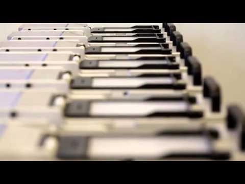 Система Belkin ScreenCare ™ [Как делают защитные пленки]