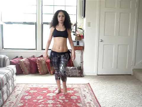 الرقص المغربي - Visit the website http://www.freebellydanceclasses.com Like the Facebook page http://www.facebook.com/freebellydanc... Get the latest videos on Twitter http:...