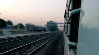 Gondia India  city photos : 11040 Gondia-Kolhapur Maharashtra Express Arriving Jejuri Indian Railways