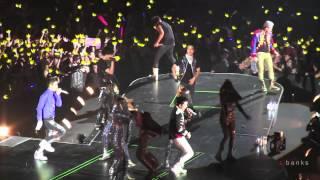 Video Big Bang - Fantastic Baby [Alive Tour 2012 Singapore Indoor Stadium] MP3, 3GP, MP4, WEBM, AVI, FLV Juli 2018