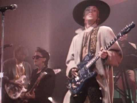 Prince - America (Official Music Video) (Live in Nice, France - October 27, 1985) (видео)