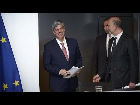 Σεντένο: «Μαξιλάρι ασφαλείας» για την Ελλάδα για τουλάχιστον 22 μήνες…