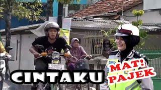Video SALAH SANGKA ..!! MBURU CEWEK AYU JEBULE POLISI MP3, 3GP, MP4, WEBM, AVI, FLV Juli 2019